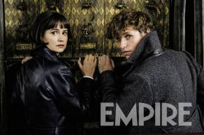 Katherine Waterson & Eddie Redmayne in Fantastic Beasts: The Crimes of Grindelwald