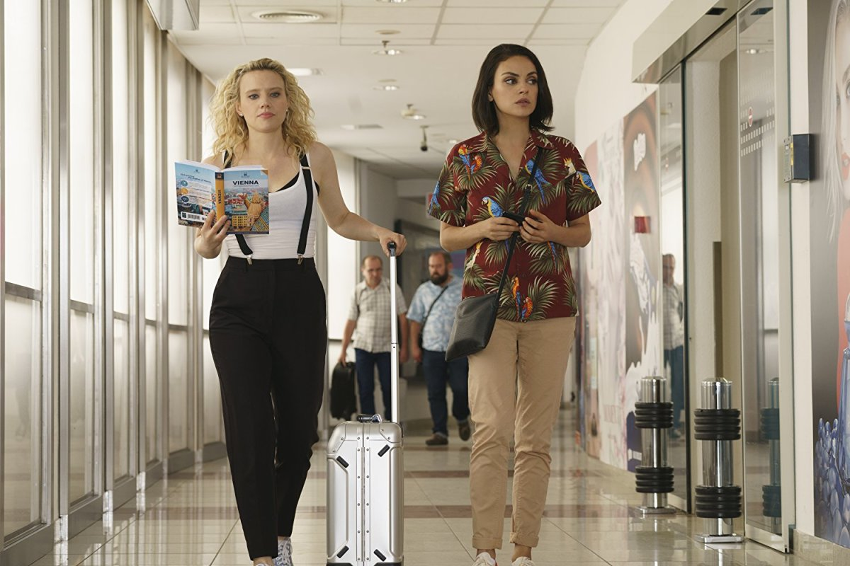 Mila Kunis & Kate McKinnon Are Going to Europe in 3 New Clips for 'The Spy Who Dumped Me'