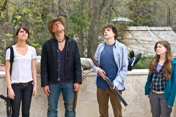 Emma Stone, Woody Harrelson, Jesse Eisenberg & Abigail Breslin in Zombieland