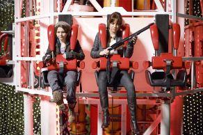 Abigail Breslin & Emma Stone in Zombieland