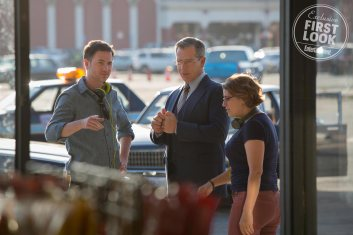 Ryan Fleck, Ben Mendelsohn & Anna Boden on set Captain Marvel
