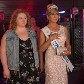 Danielle Macdonald & Jennifer Aniston in Dumplin'