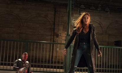 Paul Bettany & Elizabeth Olsen in Avengers: Infintiy War