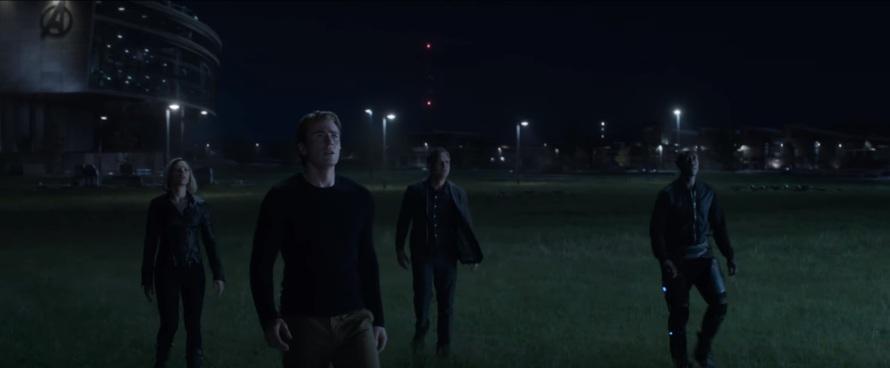 Chris Evans Captain America Scarlett Johannson Black Widow Bruce Banner Mark Ruffalo Don Cheadle War Machine Avengers: End Game
