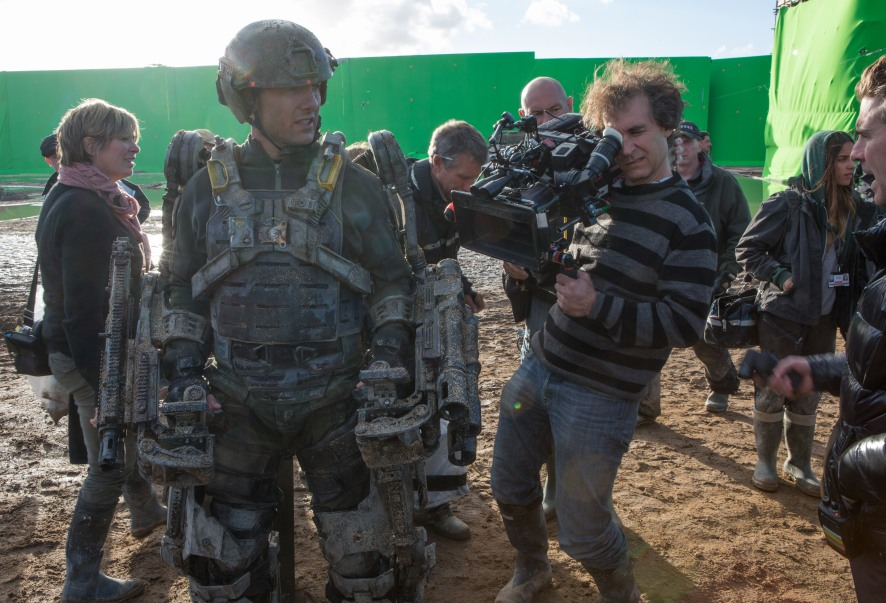 Tom Cruise & Doug Liman on set Edge of Tomorrow