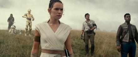 Daisy Ridley, John Boyega & Oscar Isaac in Star Wars: The Rise of Skywalker